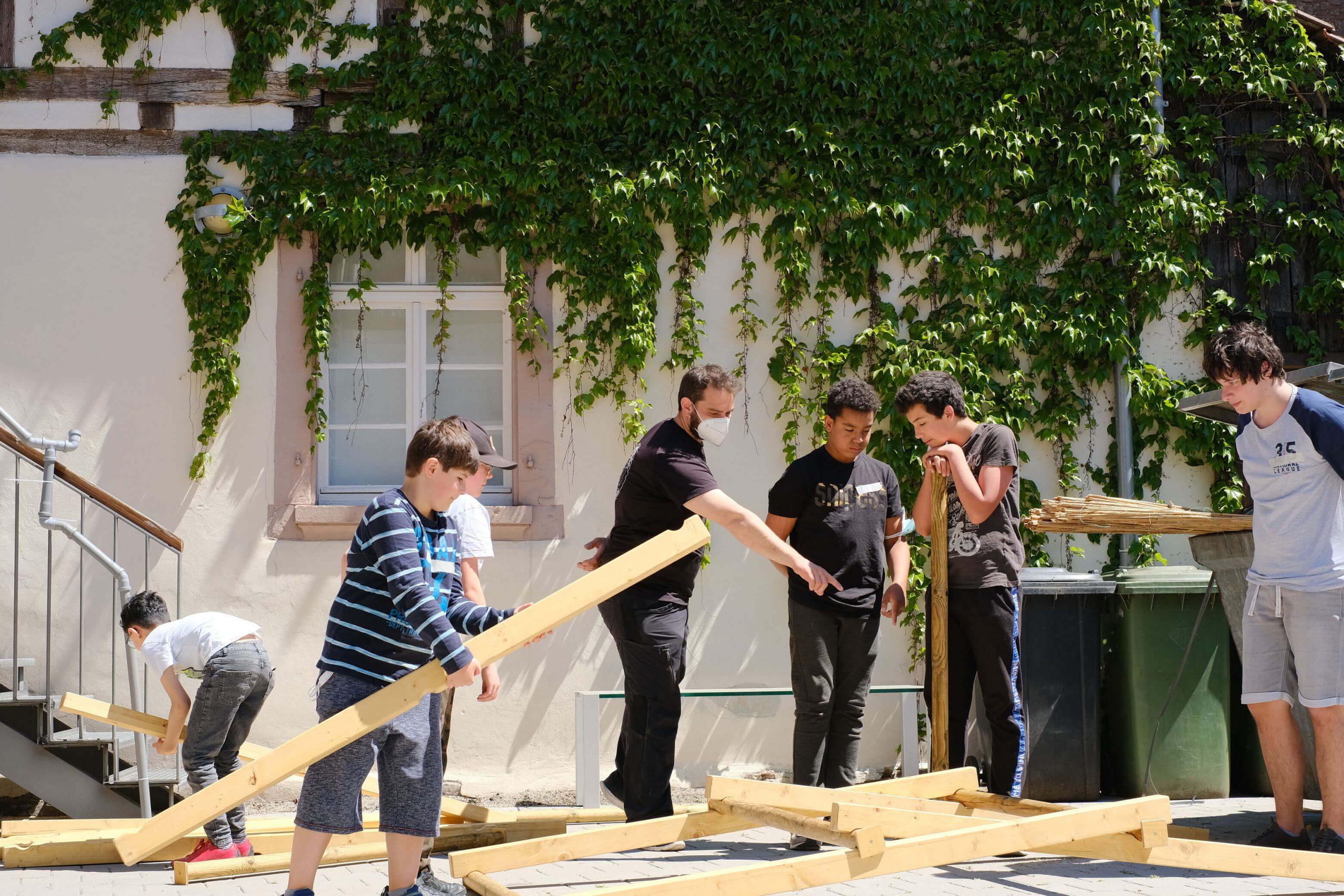"""Ferienfreizeit in der Dachsbaugruppe: Mobile Escape Game """"Black Box"""" in Remchingen"""