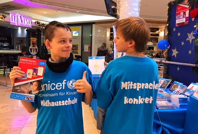 """Waldhausschule ist """"Schichtkönig"""" beim UNICEF-Grußkartenverkauf 2017"""