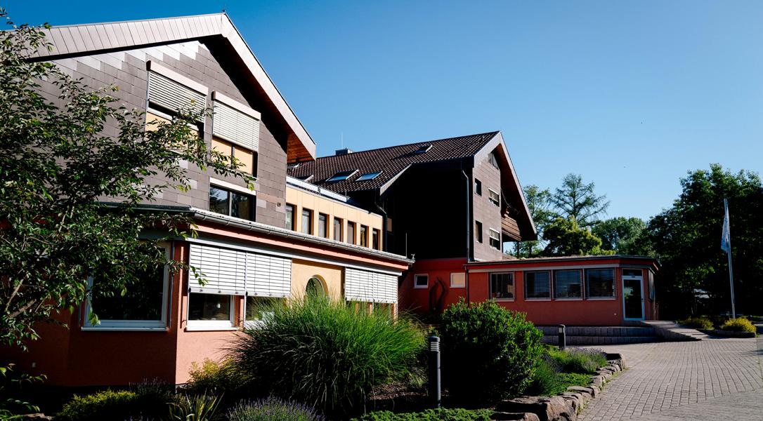 Waldhausschule von außen